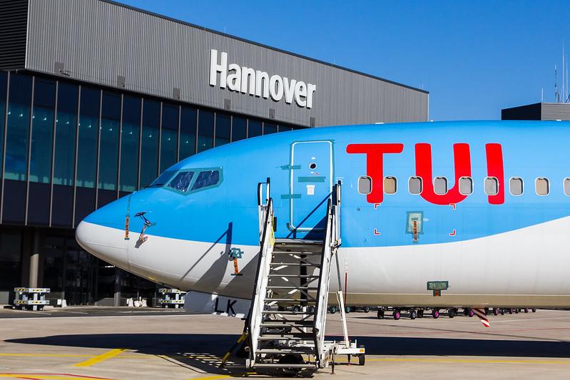 TUI fly - B738 - D-AHLK (1)