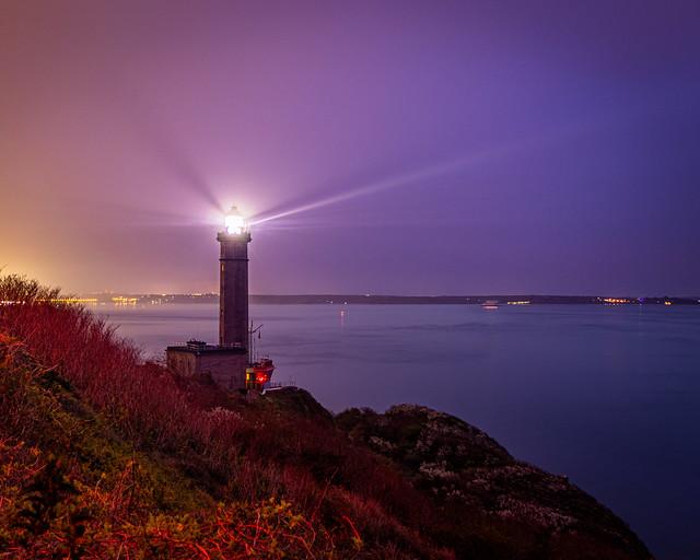 Le Phare du Portzic illumine la rade de Brest