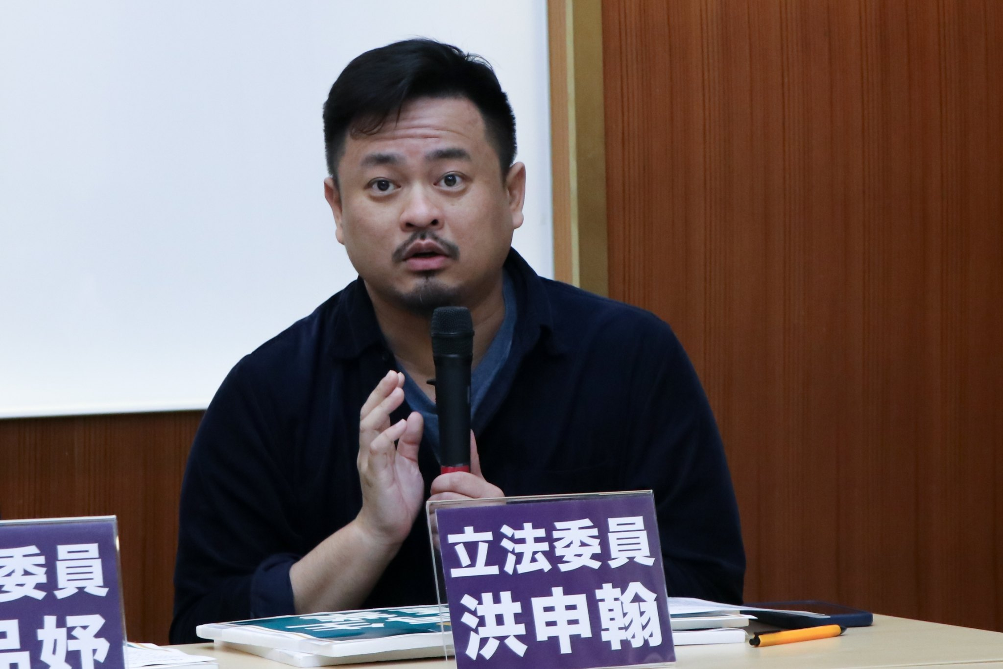 摄影:陈人瑜