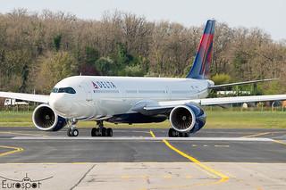 F-WWCR / N410DZ Airbus A330-941 Delta s/n 1990 - First flight * Toulouse Blagnac 2021 *