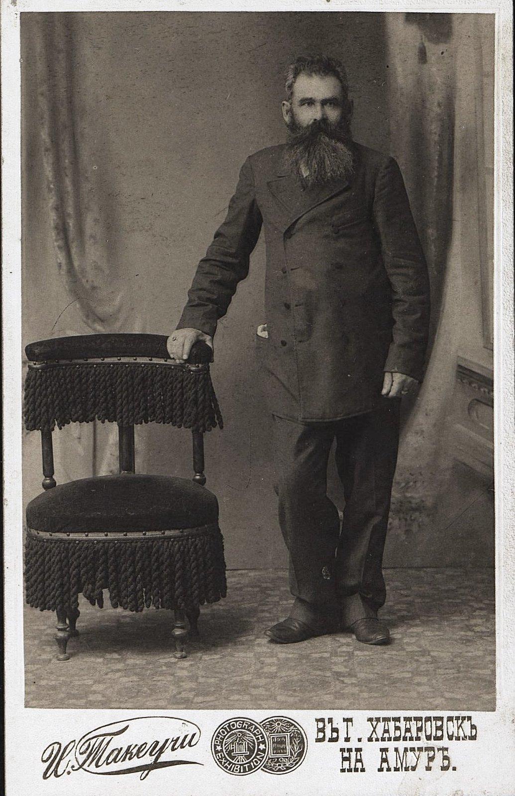 05. Климов Иван Иванович, портовый грузчик.  Около 1910
