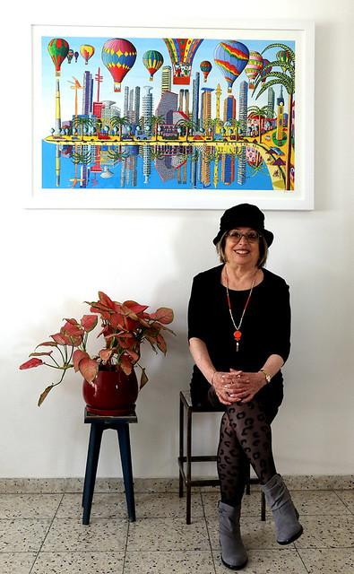 האמנית העכשווית המודרנית הדפס של ציורי תל אביב סמדר שרת היוצרת האמנית הישראלית רפי פרץ הדפסים ציור נאיבי ציורים
