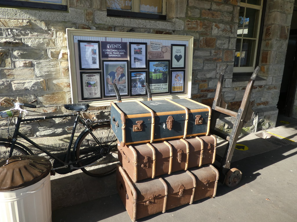 Vintage Luggage, Bodmin Station