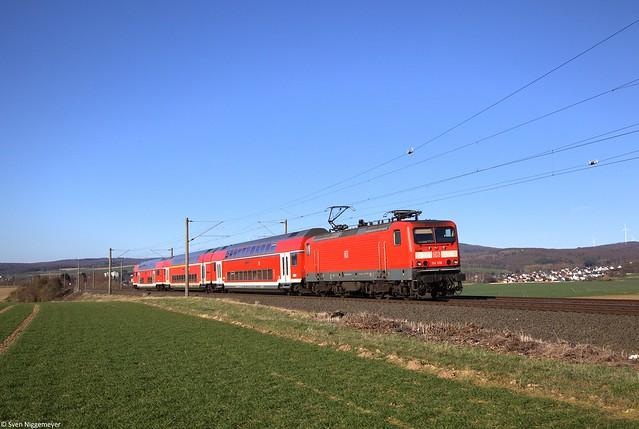 114 018 mit der RB22 (RB15275) von Limburg(Lahn) nach Frankfurt(Main) bei Bad Camberg.