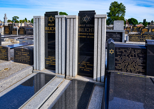 luminosity7 nikond850 melbourne victoria australia melbournegeneralcemetery jewishsection barristerofwarsaw gravestones warsawghetto holocaustsurvivors adolfstephanirlicht18991962