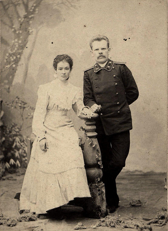 02. Казакевич Евгений Алексеевич и его жена Ольга Дионисьевна. 1900