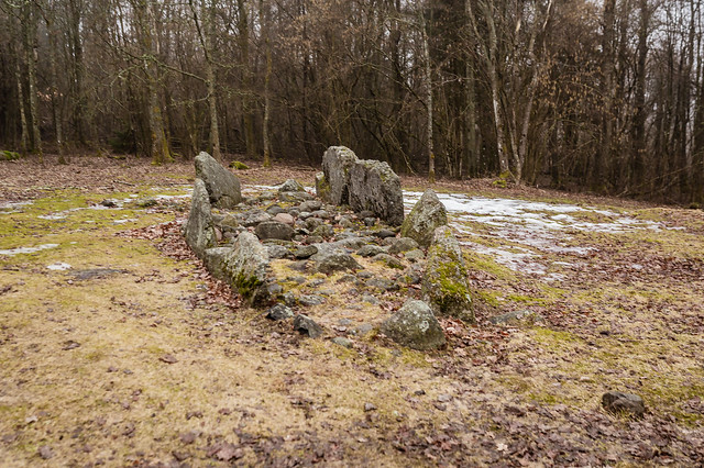 Smaller stone setting