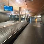 At flytte til udlandet midt i en pandemi nedlukning er en speciel oplevelse. Særligt turen igennem mennesketomme lufthavne gjorde indtryk.