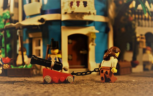 Havana 1717- Taking your pet cannon on a walk through town -  Stop Motion Being Pirates