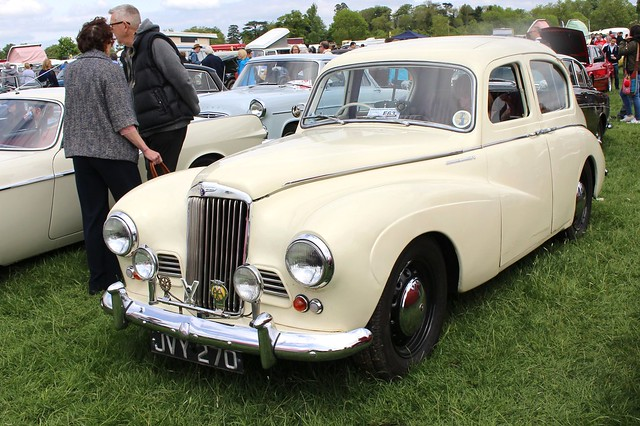 255 Sunbeam-Talbot 90 Mk.IIA Sports Saloon (1954) JVY 270