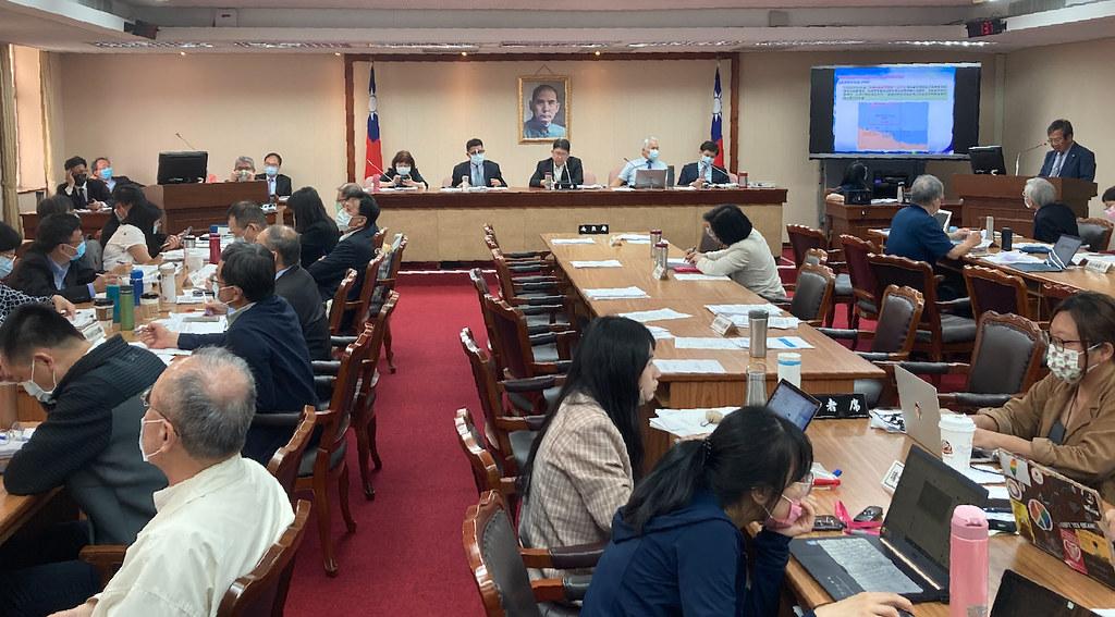 立法院內政委員會「海岸生態保護之法制、行政作為與藻礁保護」公聽會。黃思敏攝