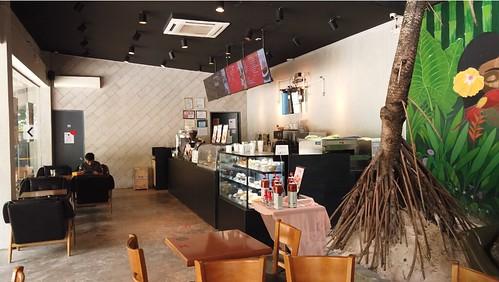 Tom N Toms Cafe, Siargao