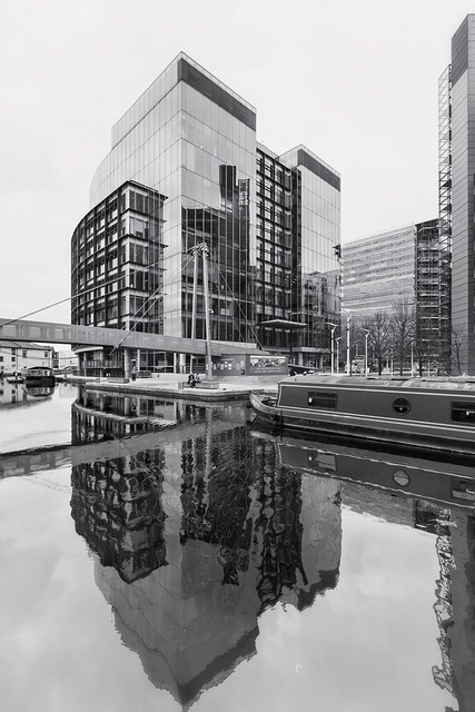The Point, Reflecting in Paddington Basin