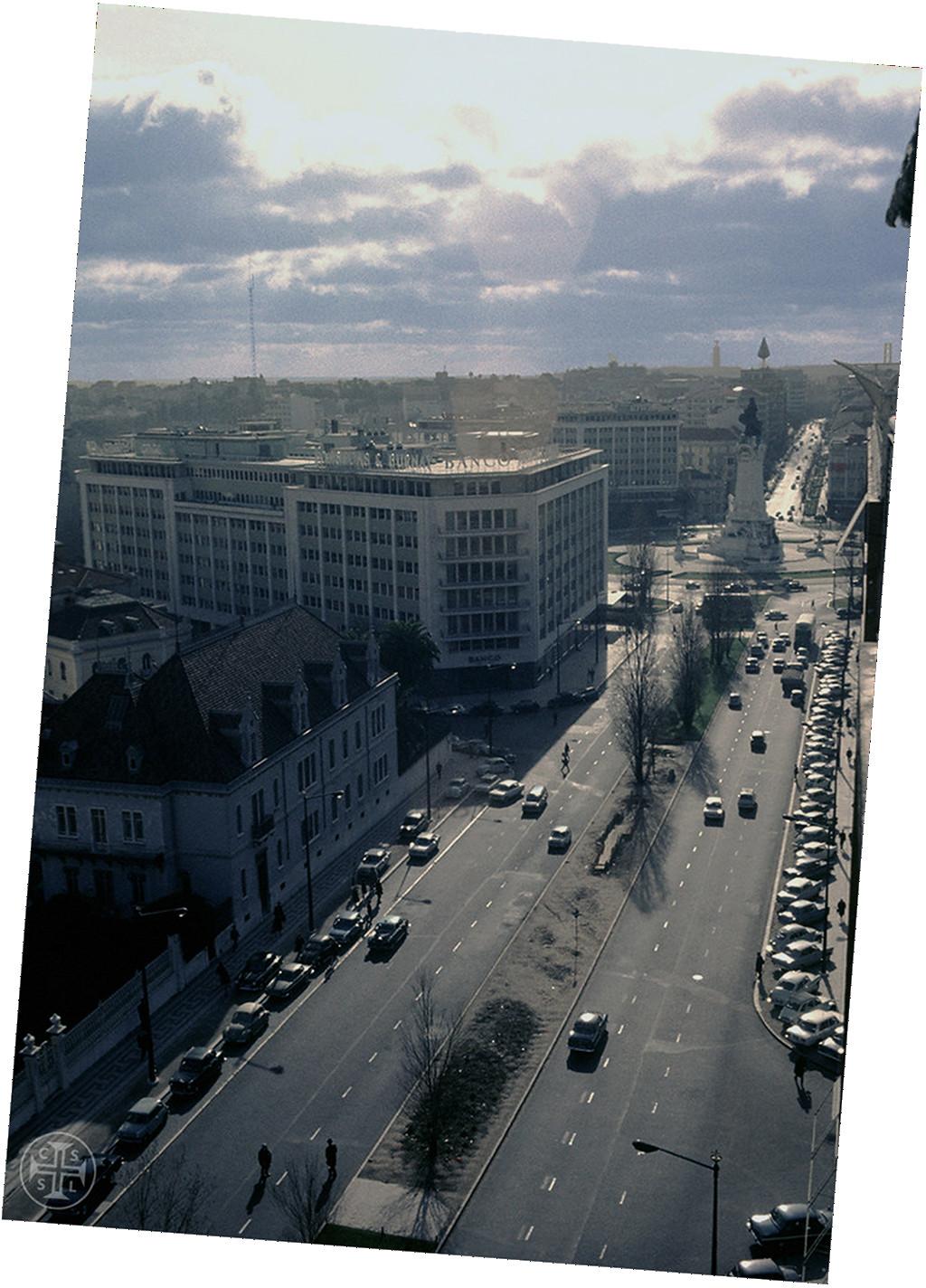 Av. de Fontes… Lisboa, 196…-70… Portimagem, Saudade 1029, in Flickr.