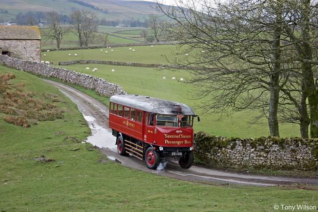 KG1123 Sentinel Steam Bus