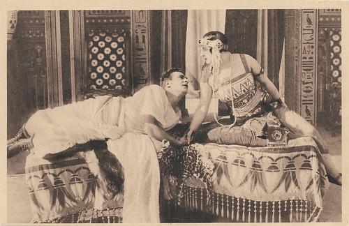 Amleto Novelli and Gianna Terribili Gonzales in Marcantonio e Cleopatra (1914)