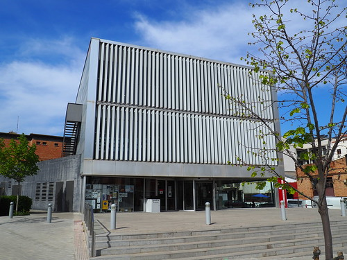 Biblioteca Fages de Climent_Figueres_P3310004