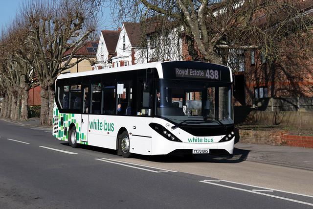 Route 438, White Bus, 54, YX70OHS