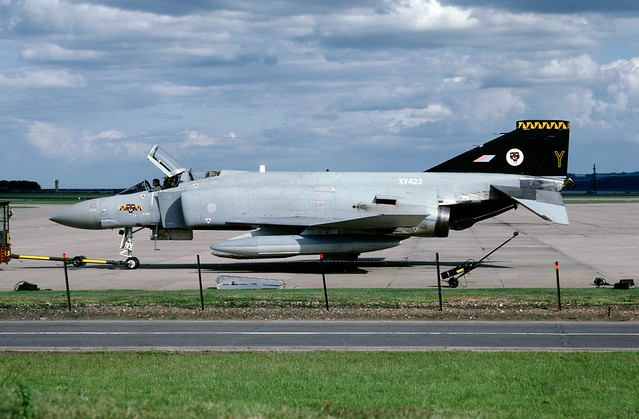XV423 McDonnell Douglas Phantom FGR.2 EGQL1991