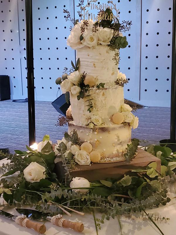 Cake by Bake Me Crazy Custom Cakery