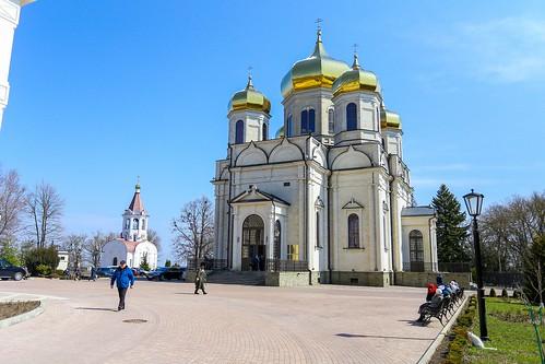 04 апреля 2021, Митрополит Кирилл совершил Божественную литургию в Казанском соборе Ставрополя