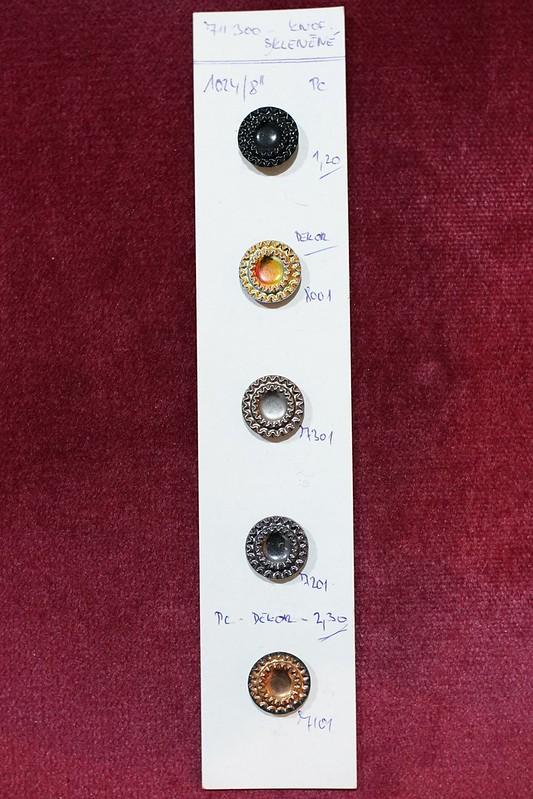 チェコガラスボタン加工サンプル _07
