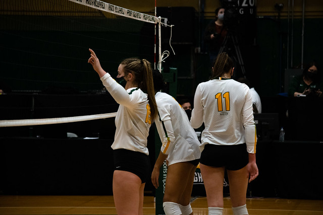 volleyball v.s. Purdue Fort Wayne