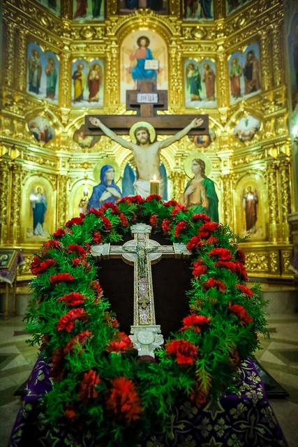 03 апреля 2021, Митрополит Кирилл совершил всенощное бдение в Казанском соборе Ставрополя