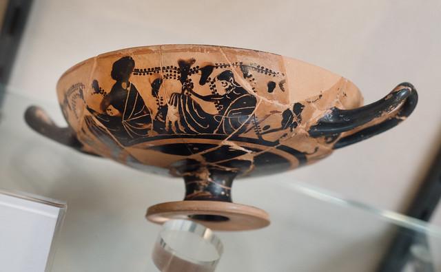 Athenian Black Figure kylix with Dionysos and maenad, from Chiusa Cima