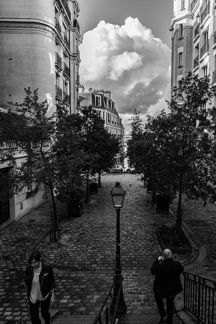 Montmartre street view 3