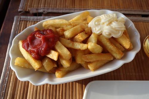 Pommes rot-weiß
