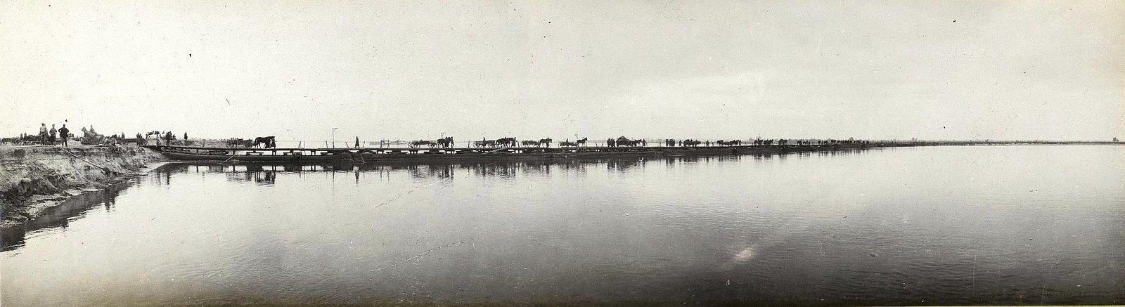38. Мост у деревни Павловице