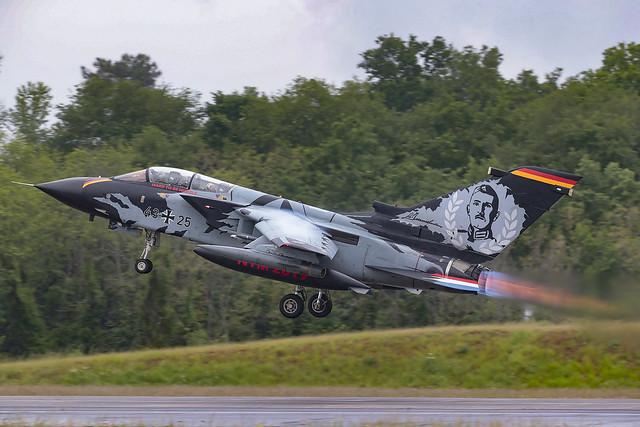 Panavia Tornado IDS 43+25 TLG51