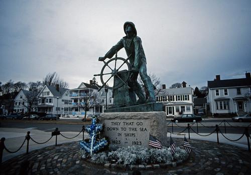 Gloucester Fisherman's Memorial (1)