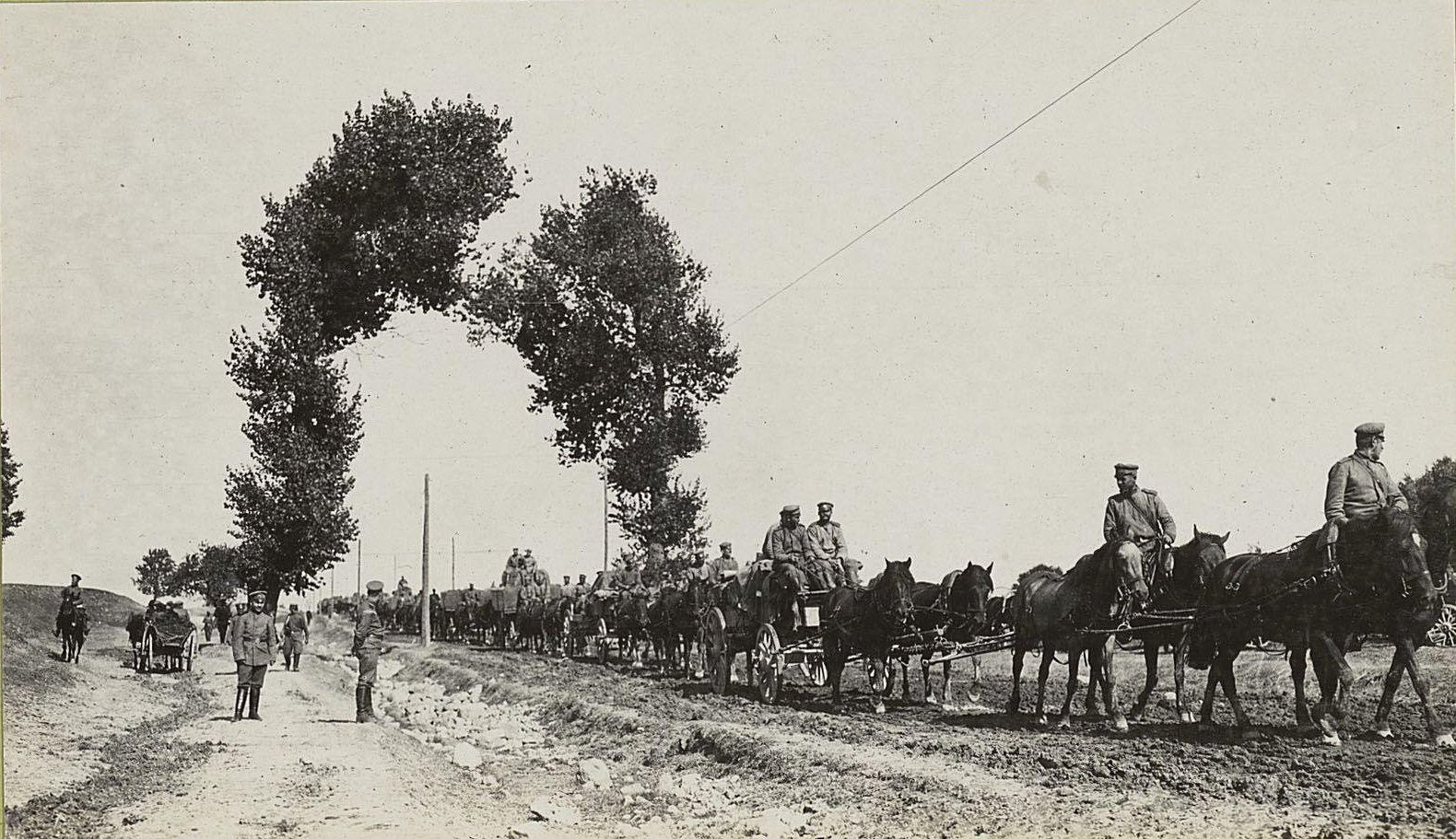 30. Въезд артиллерии в город Красник
