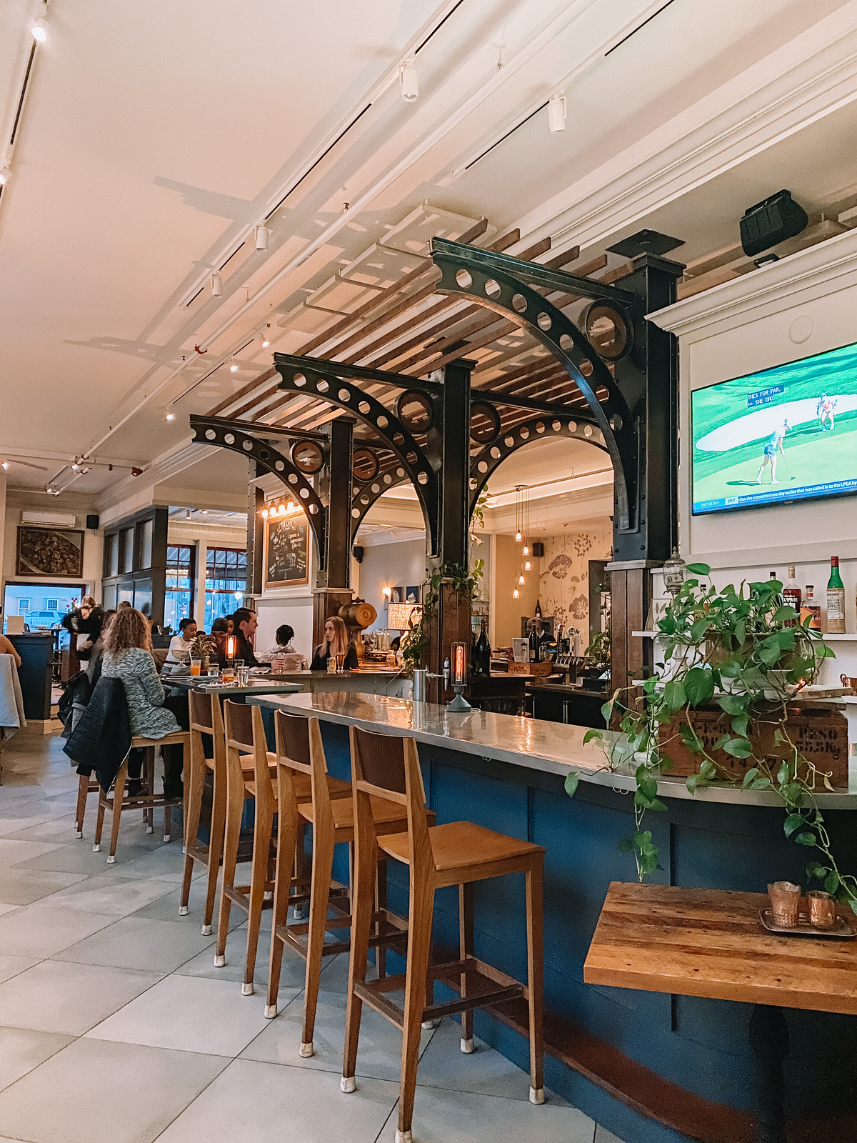 Stoneacre Brasserie | Where to Eat in Newport | 48 Hours in Newport Itinerary | A First Timer's Guide to 2 Days in Newport Rhode Island | What to do in Newport | Newport Travel Guide | Best Things to do in Newport | Best Places to Visit in Newport