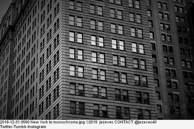 2018-12-31 0590 New York in monochrome