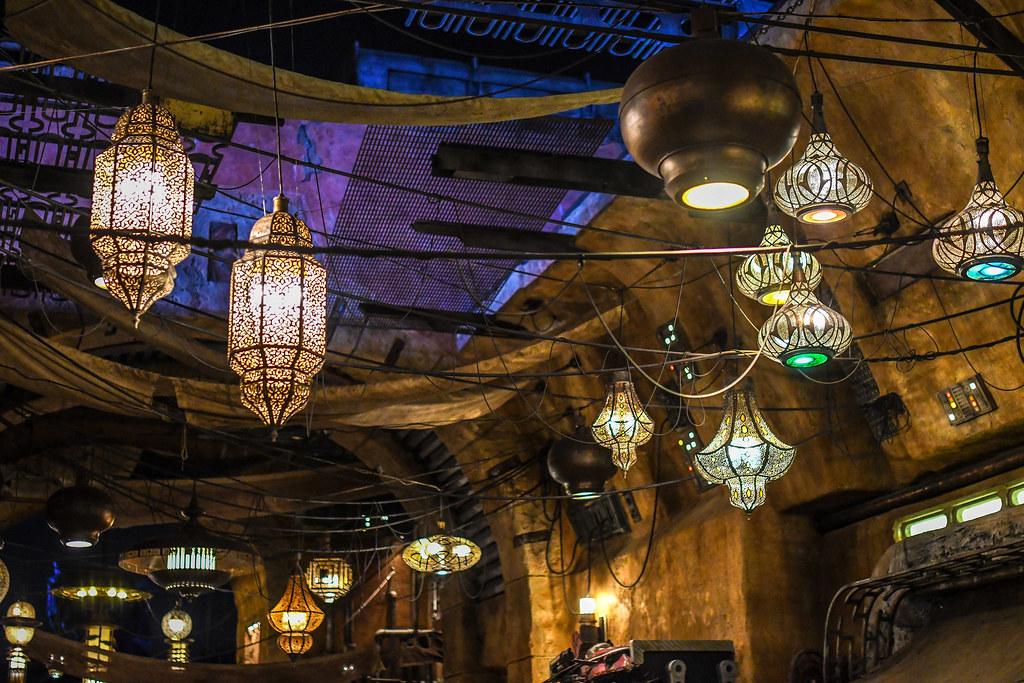 Lanterns SWGE night
