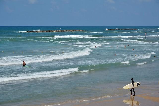 Wave day in Tel-Aviv-Jaffa