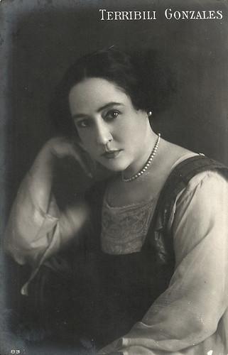 Gianna Terribili Gonzales