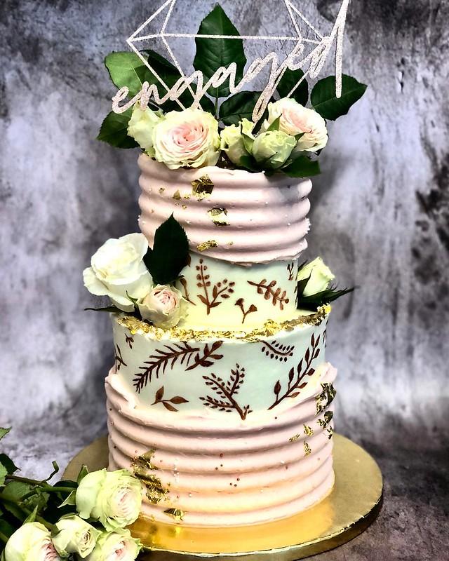 Cake by Zerina Bakes
