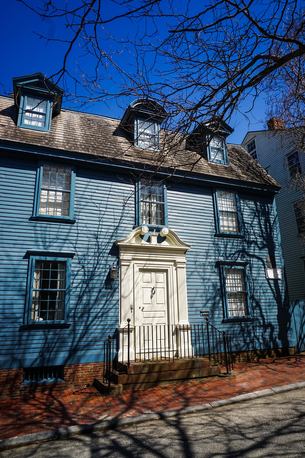 Blue Historical Home |  48 Hours in Newport Itinerary | A First Timer's Guide to 2 Days in Newport Rhode Island | What to do in Newport | Newport Travel Guide | Best Things to do in Newport | Best Places to Visit in Newport
