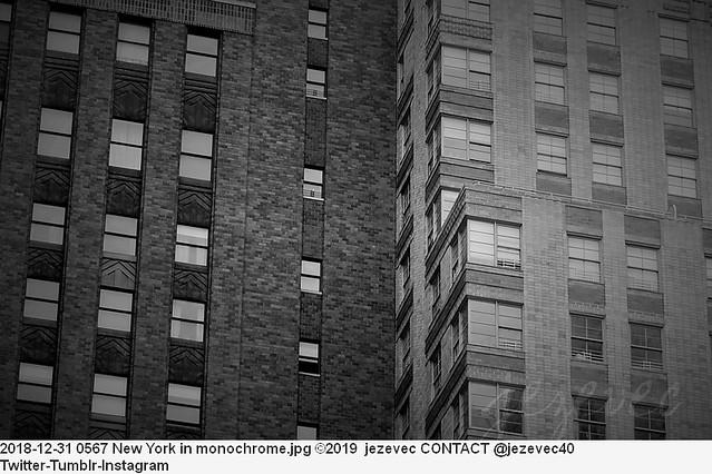 2018-12-31 0567 New York in monochrome