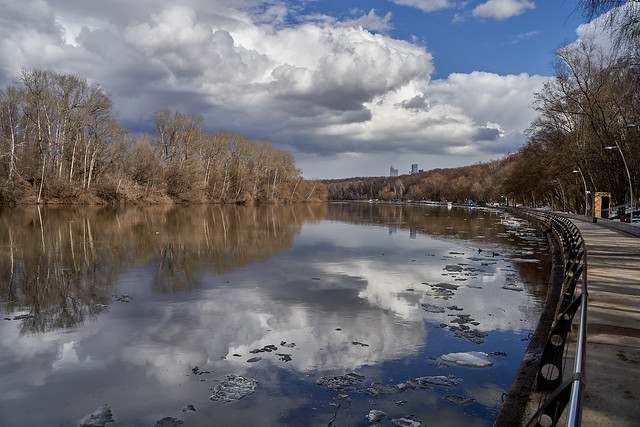 Moscow river, Filyovskaya embankment 2