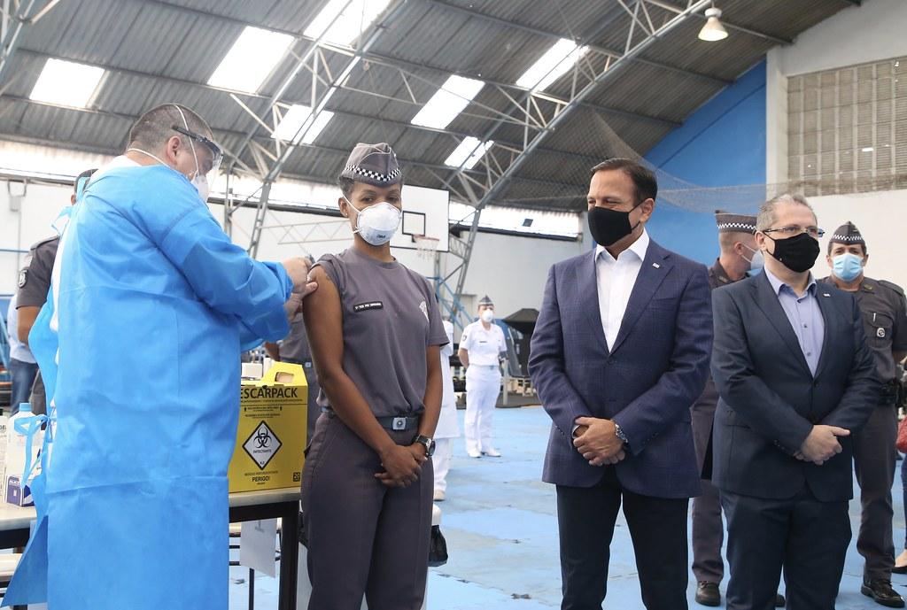 Abertura da campanha de vacinação contra Covid-19 para policiais militares