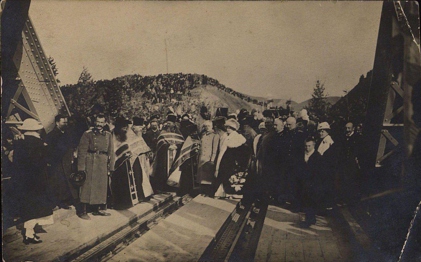 10. 1916. Открытие железнодорожного моста через реку Амур.Октябрь