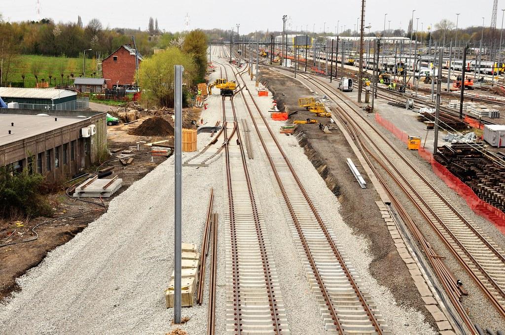 Nieuwe cargosporen door station Hasselt,zicht richting Diest