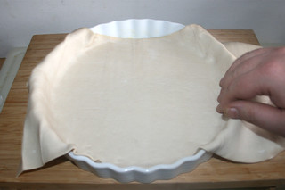 17 - Put in puff pastry dough / Blätterteig einlegen