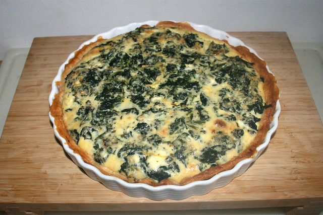 25 - Salmon spinach quiche - Finished baking / Lachs-Spinat-Quiche - Fertig gebacken