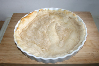20 - Pre-baked dough / Teig vorgebacken
